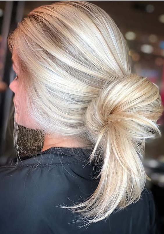 20 Fantastic Blonde Bun Hairstyles To Make in 2018