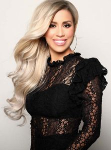 Long Blonde Hairstyles with Modern Outfits 2018