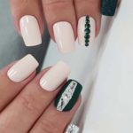 Lovely Black & White Nail Art Designs for 2021