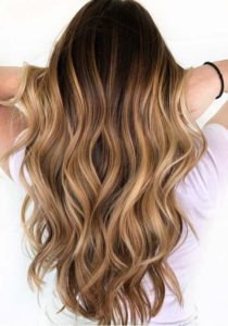 Sweet Caramel Balayage Hair Color Ideas in 2021