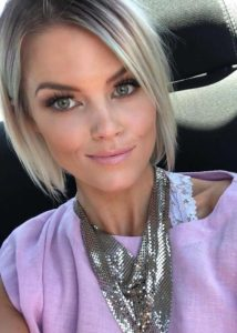 Trendy Short Bob Blonde Haircuts for 2021