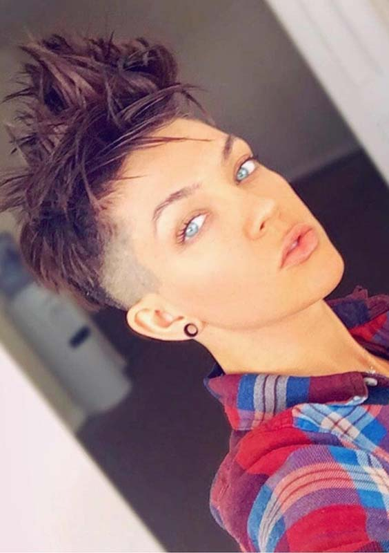 24 Incredible Short Pixie Cuts with Shaved Sides for 2021