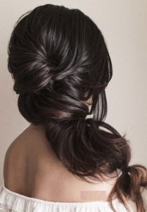 Pretty Wedding Hairstyles Trends for 2021