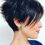 Short Razor Haircuts for Women in 2018