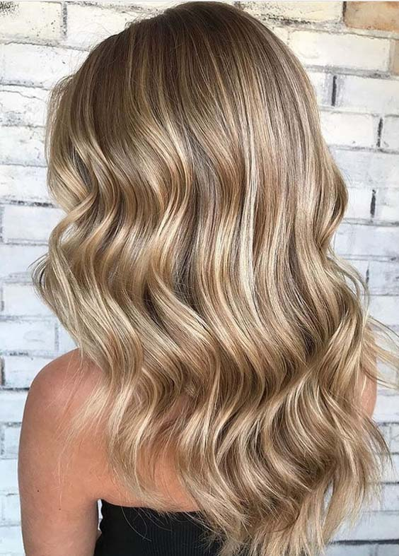 46 Gorgeous Toasted Coconut Long Wavy Hairstyles in 2021