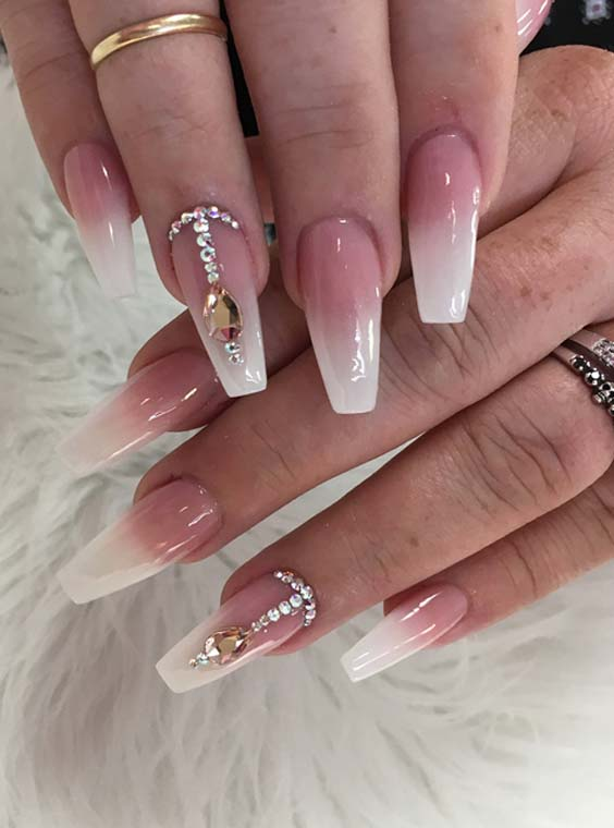 19 Cutest White Nail Arts for Women 2018