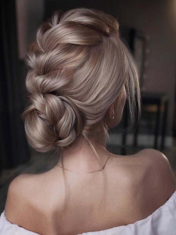 52 Elegant Braided Updos for Women to Sport in 2018