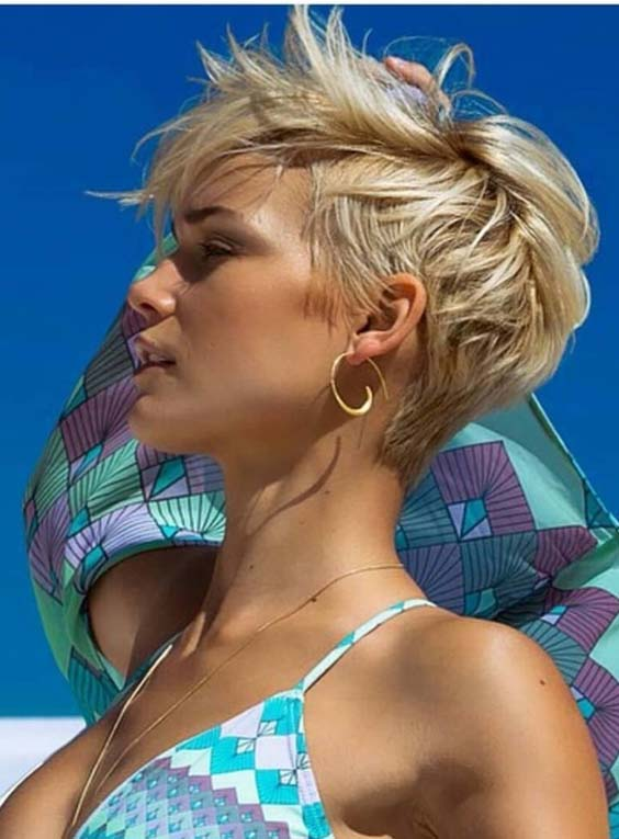 38 Perfect Pixie Cuts to Wear at Beach in 2018