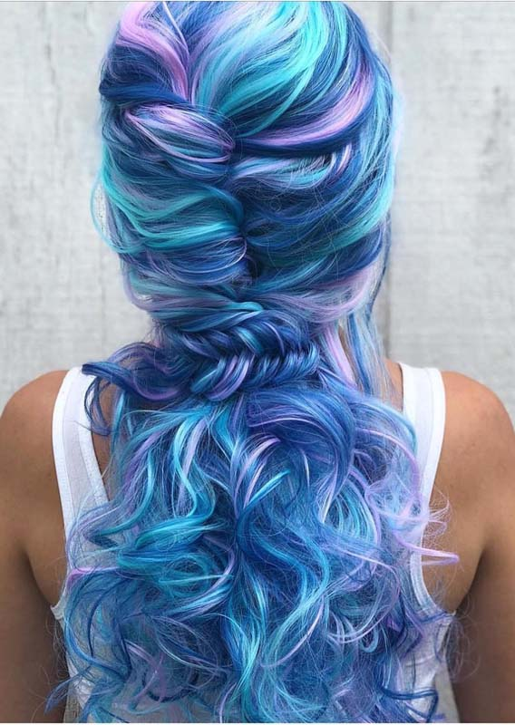 Beautiful Blue Sky Twisted Ponytail Braid Styles in 2021