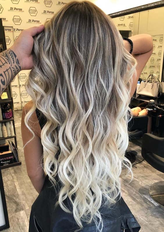 Excellent Blonde Balayage Hair Colors for Long Wavy Hair Looks