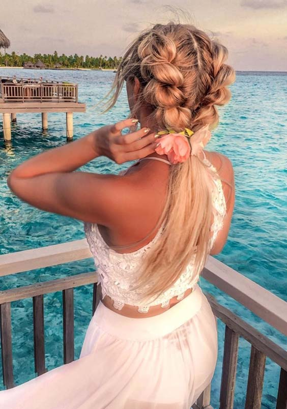 Fantastic Braids with Blonde Hair Colors to Sport in 2021