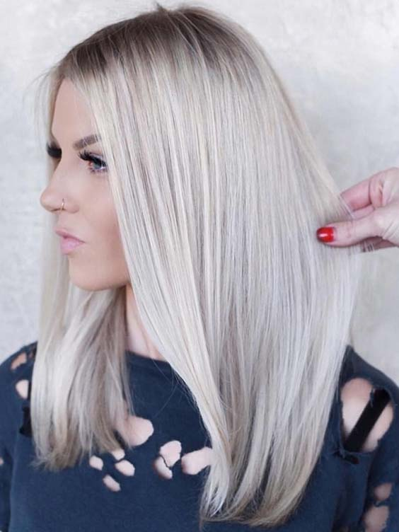 Modern Shades Of Platinum Blonde Hair Color Trends in 2021