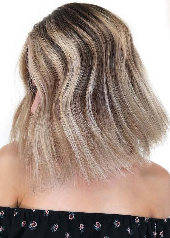 Stunning Sandy Blonde Textured Bob Haircuts for 2021