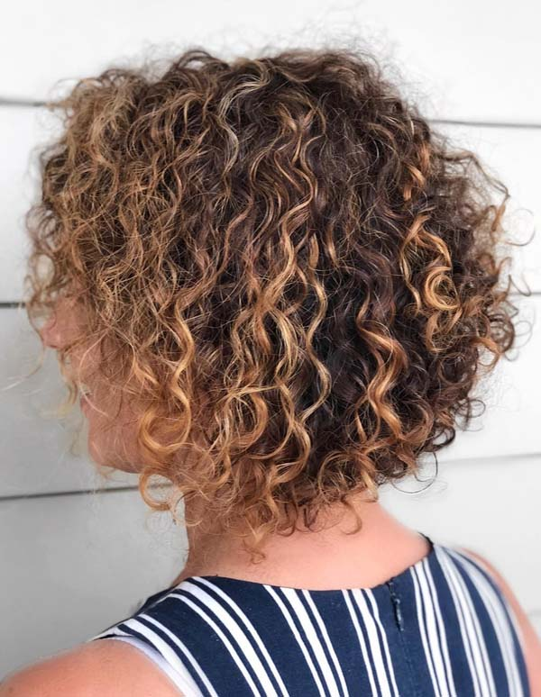 Amazing Naturally Short Curly Bob Hair Looks in 2018