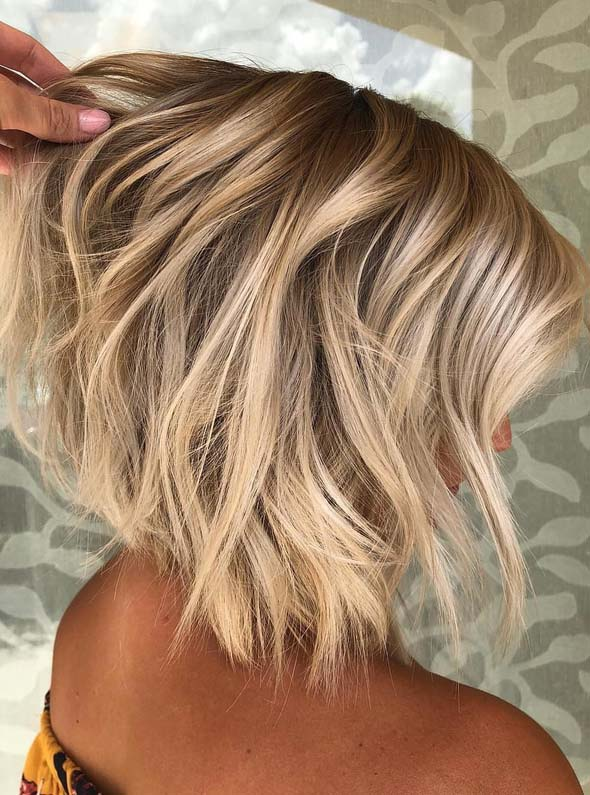 Best Textured Short Blonde Haircuts for Women to Try in 2021