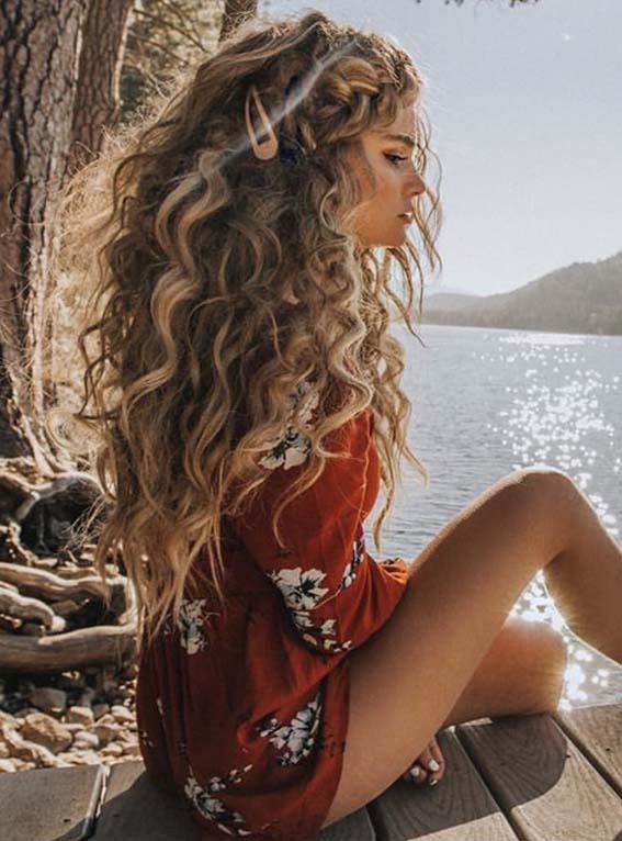 Inspirational Long Curls for Women in 2021