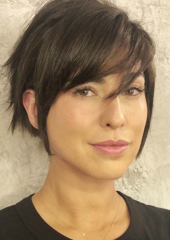 Best Short Haircuts with Side Bangs for Women in 2018