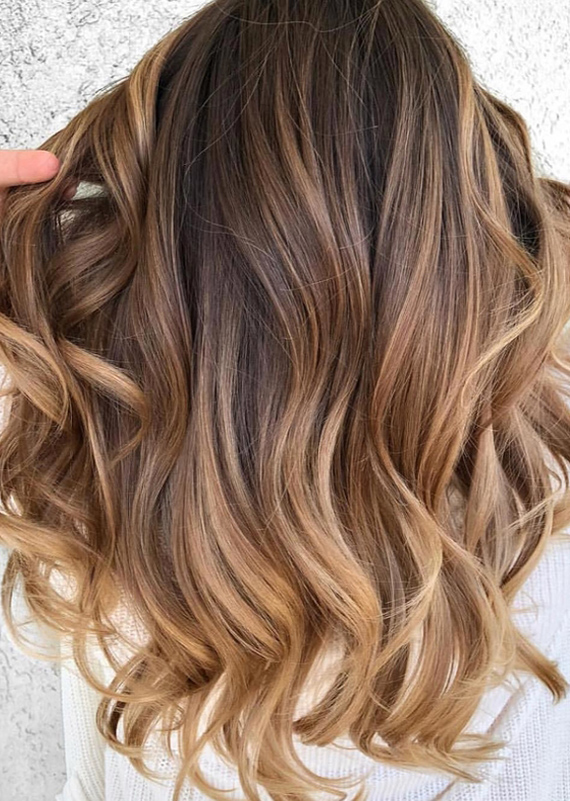 Hottest Caramel Balayage Hair Colors for Long Hair Looks in 2021