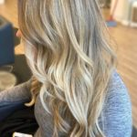 Blonde Hair Color Highlights for Longh Wavy Hair in 2019