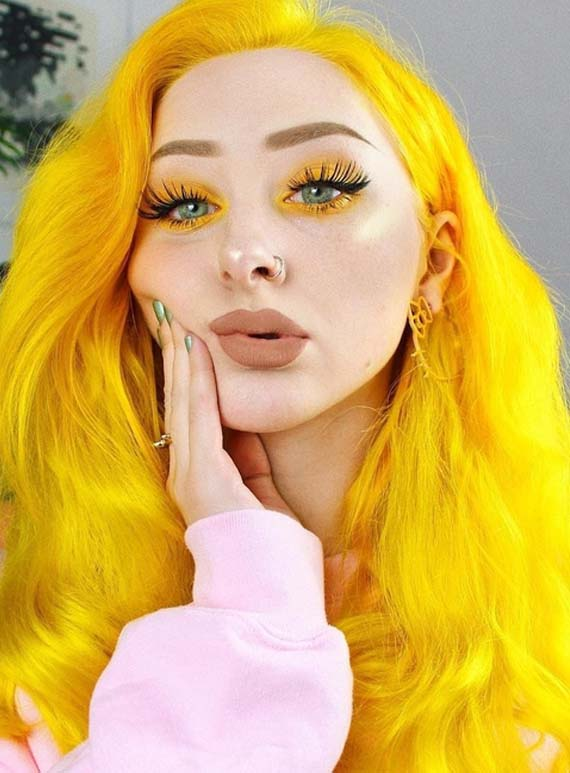 Crazy Sunshine Yellow Hair Colors & Makeup Trends in 2021