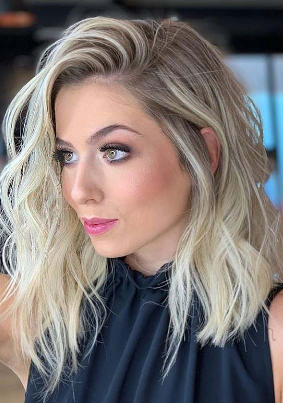 Gorgeous Medium Length Blonde Hairstyles & Haircuts in 2021