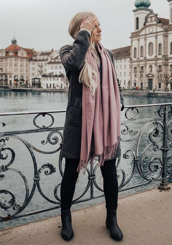 Latest Women's Fashion Ideas With Scarf Styles in 2019