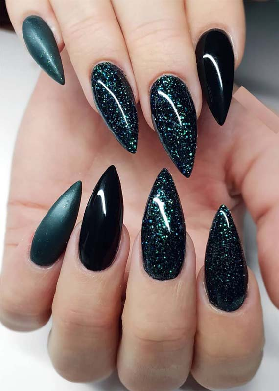 Splendid Black Nail Arts & Designs for Women 2019