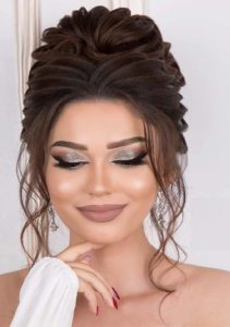 Nice Updo Hairstyles & Beauty Ideas for 2019
