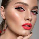 Perfect Lipstick & Eye Makeup Ideas for 2019