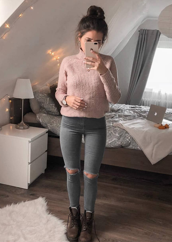 Fantastic Dresses and Outfits for Ladies in Year 2019
