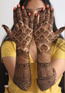 Cutest Mehndi Designs to Copy Nowadays