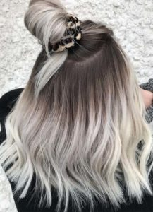 Gorgeous Top Knot Styles & Blonde Shades for 2019
