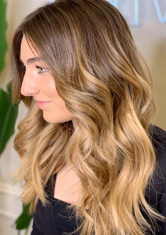 Perfectly Soft & Blended Bronde Balayage Hair Colors for 2021