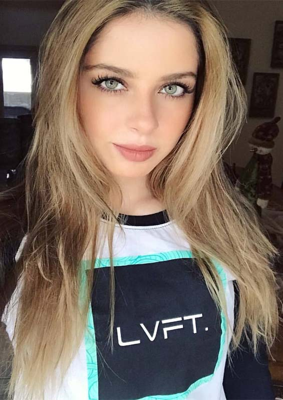 Adorable Blonde Shades for Long Hair Looks You Must Try in 2021