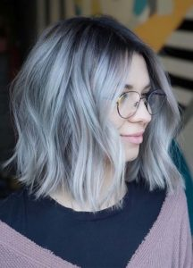Classic Rooted Silver Blonde Hair Color Ideas in 2021