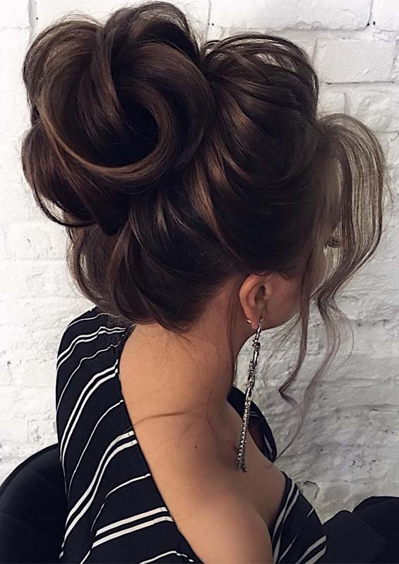 Fantastic Updo Hairstyles Trends for Modern Look in 2019