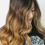 Gorgeous Caramel Highlights for Long Waves Looks in 2019