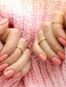 Gorgeous Pink Nail Designs in 2021