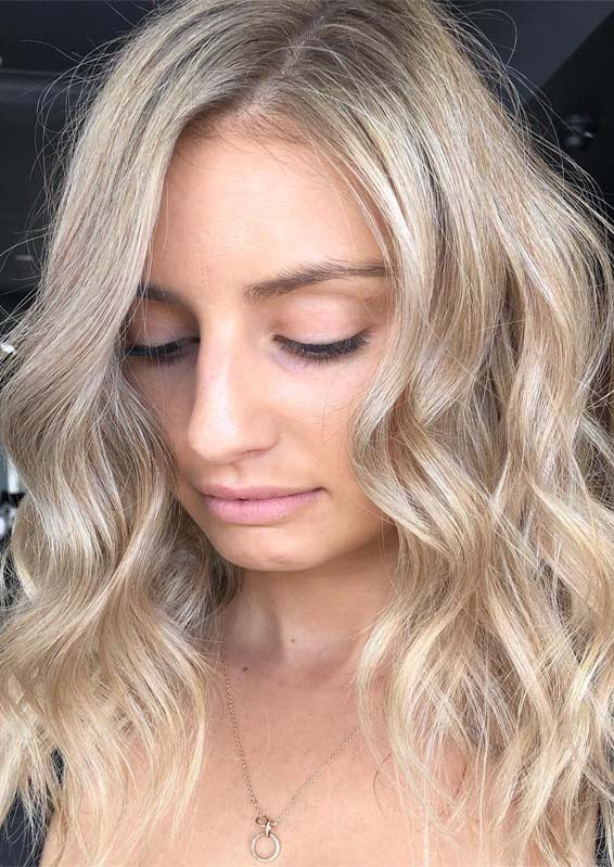 Lovely Butter Blonde Hair Color Tones to Try in 2019