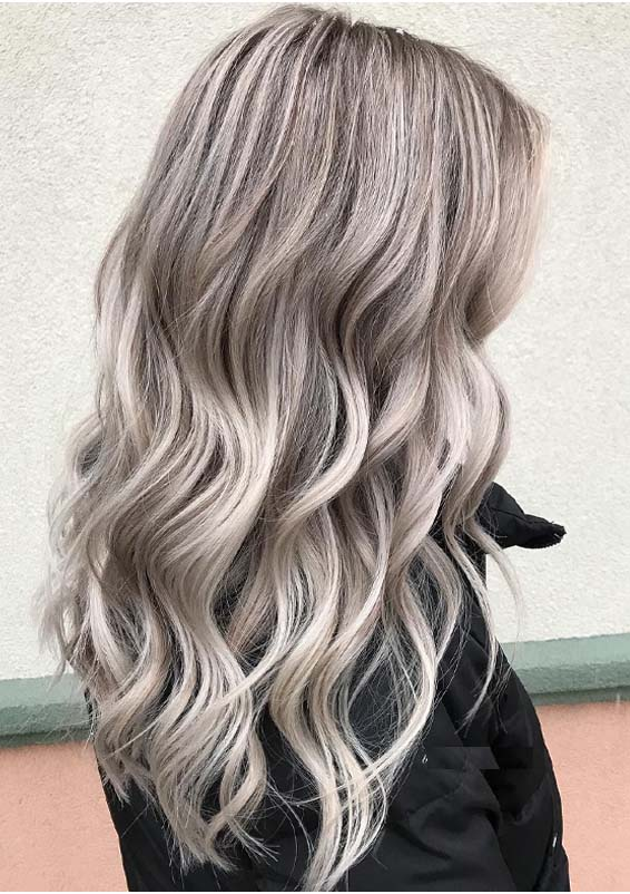 Amazing Lowlights on Light Blonde Hair Color Trends for 2021
