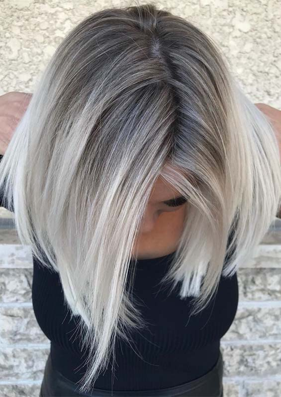 Hottest Blonde Shades with Dark Roots to Wear in 2021