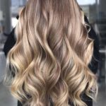 Golden balayage hairstyles and hair color ideas for 2019