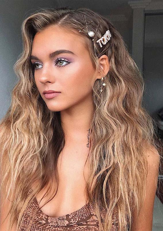 Gorgeous Long Textured Balayage Hair Styles for 2021