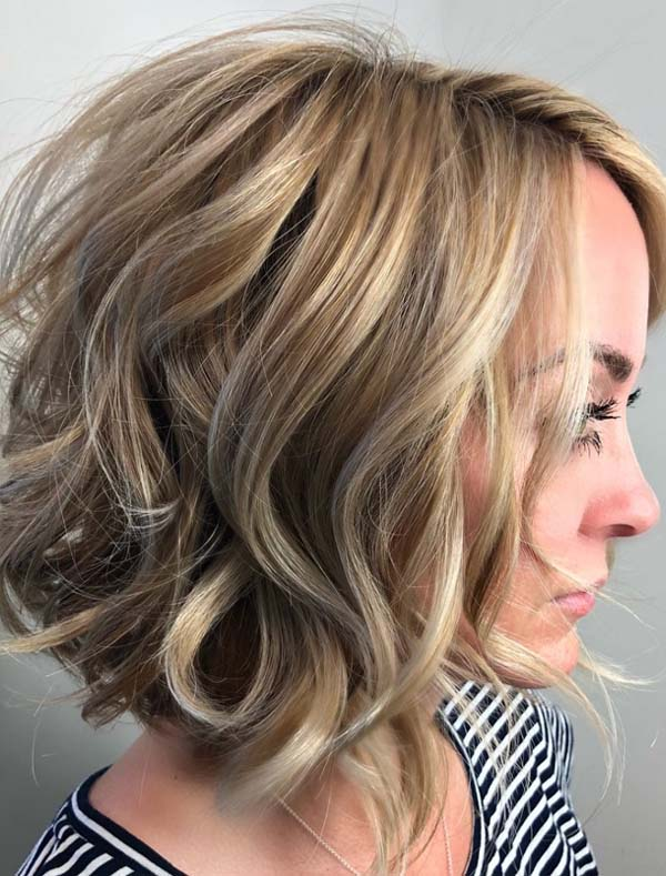 Gorgeous Wavy Bob Hairstyles Ideas for Every Woman 2019