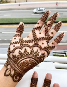 Simple Mehndi Designs You Must Follow Nowadays