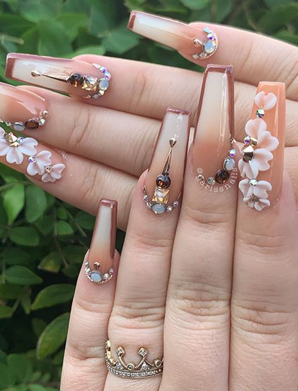 Gorgeous Long Acrylicn Nails Designs and Images to Show Off in 2020