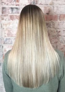 Soft Foilayage Hair Color Shades to Follow in Year 2020
