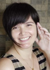 Short Pixie Haircuts with Side Bangs for Women 2020