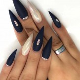 54 Modern Stiletto Shape Long Nail Designs for 2021