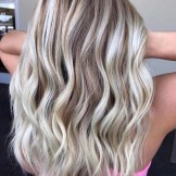 25 Dimensional Rooty Blonde Hair Color Ideas for 2021